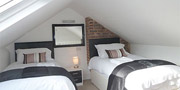Centrally located Brighton cottage