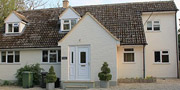 Large Self Catering cottage near Oxford