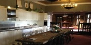 Luxury Large Self Catering House near Nottingham