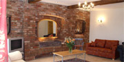 Large Self Catering Luxury Barn near Nottingham