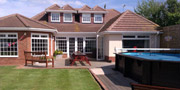 Luxury Self Catering House with swimming pool near Brighton