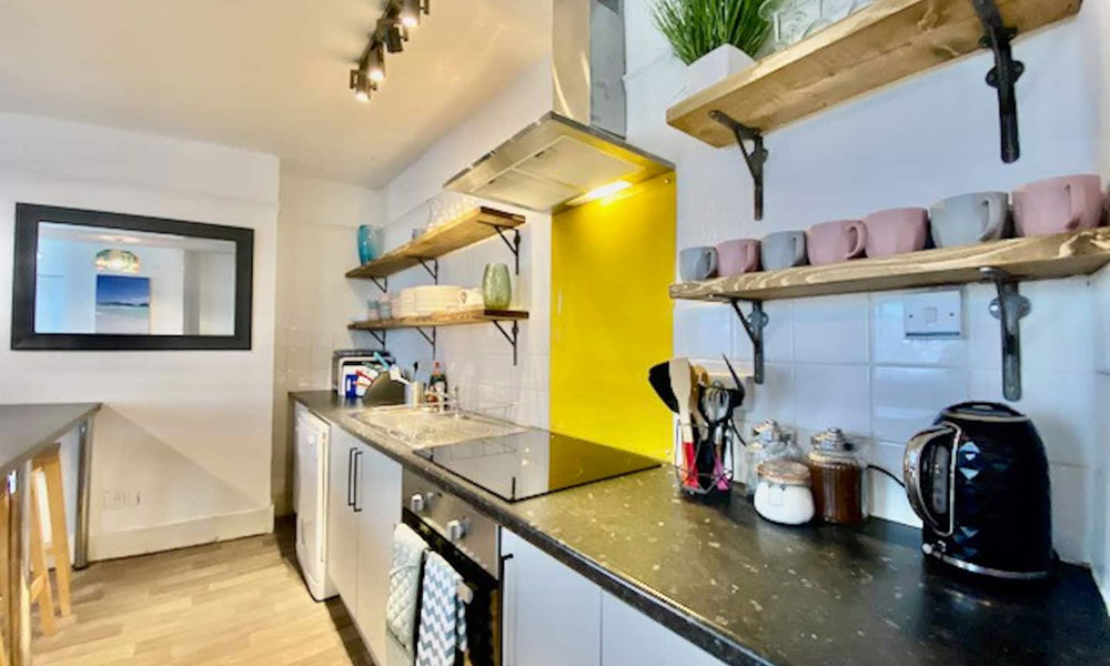 Brighton Contemporary Self Catering Property Kitchen