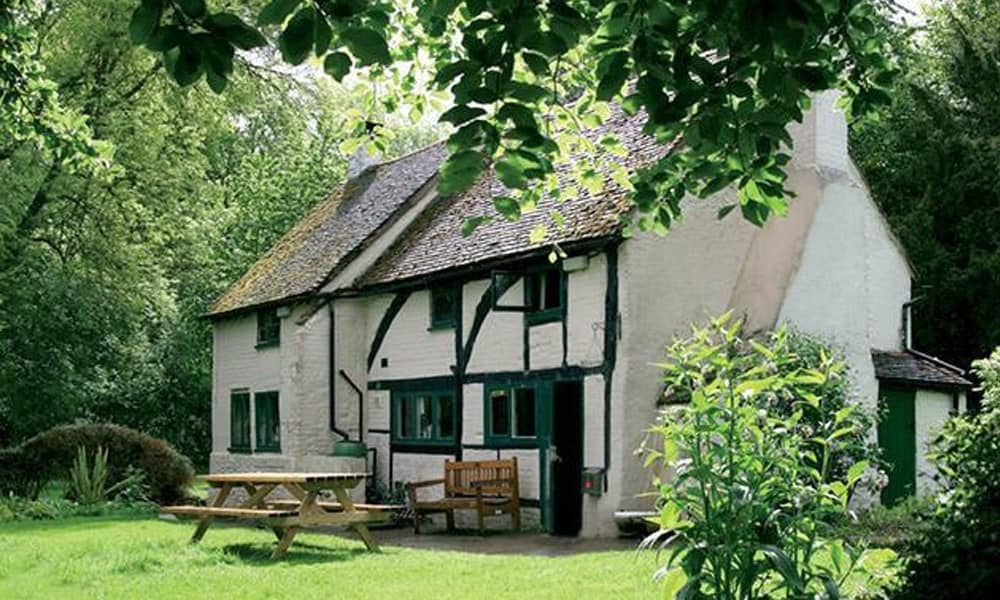Cosy Hostel Cottages