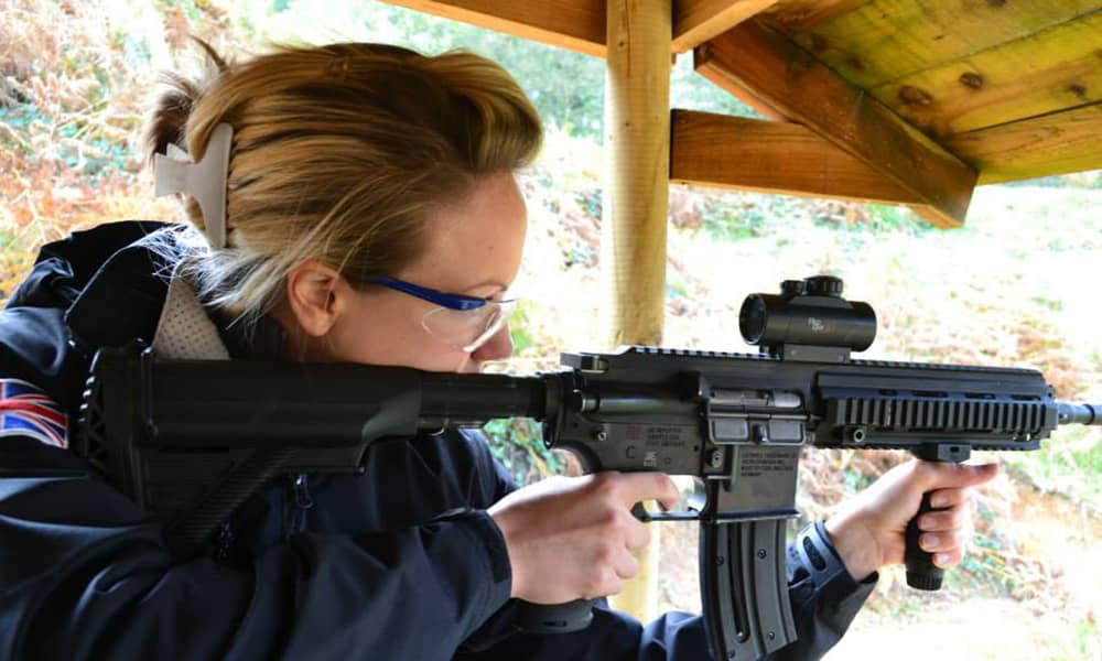 .22 assault rifle shooting range
