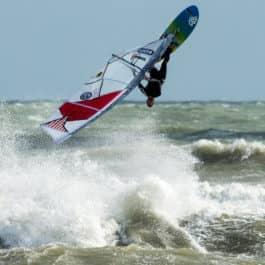 Brighton windsurfing lesson