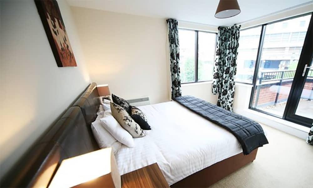Birmingham self catering apartment city centre