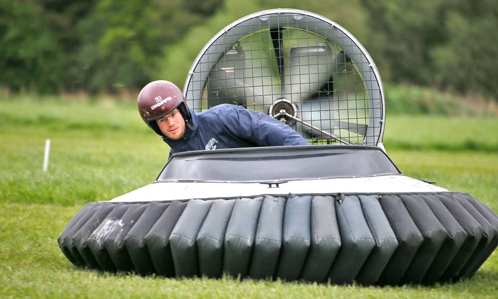 hovercraft flying lesson