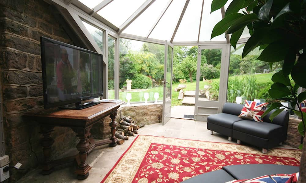 large house near nottingham for hire
