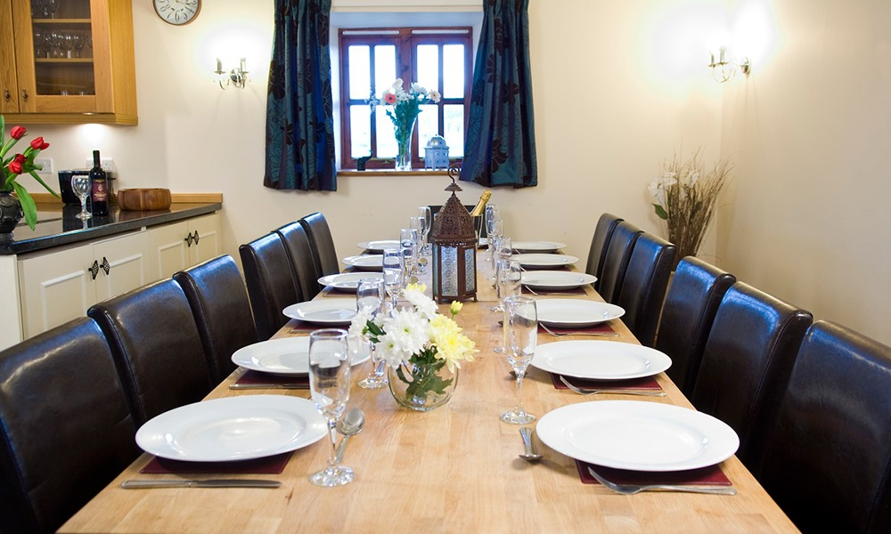 Oxford Manor Byre Dining Room