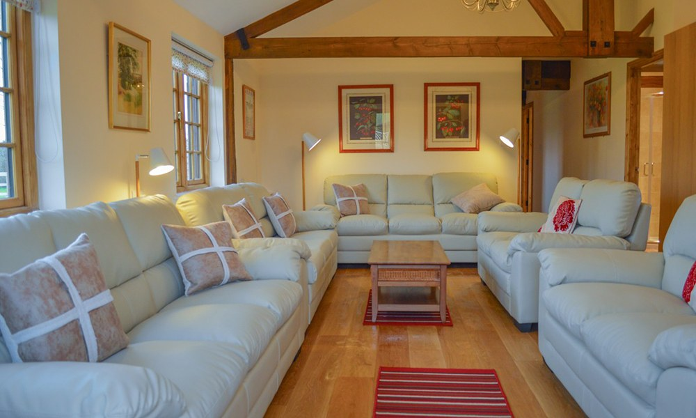 Oxford Manor Cottage Living Area