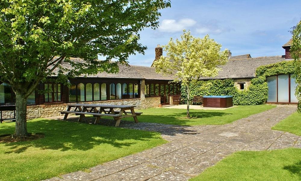 Oxford Manor Grange Garden