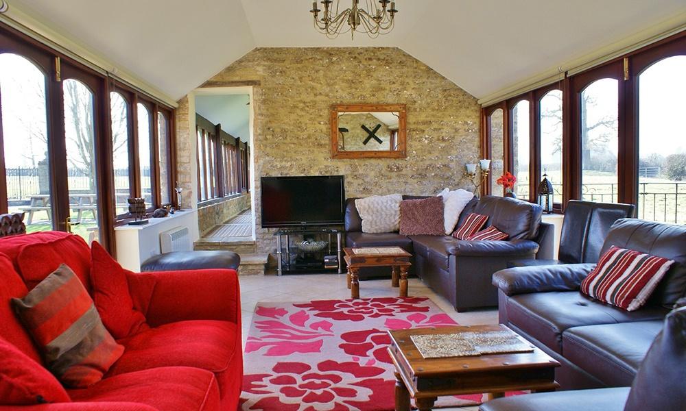 Oxford Manor Grange Living Room
