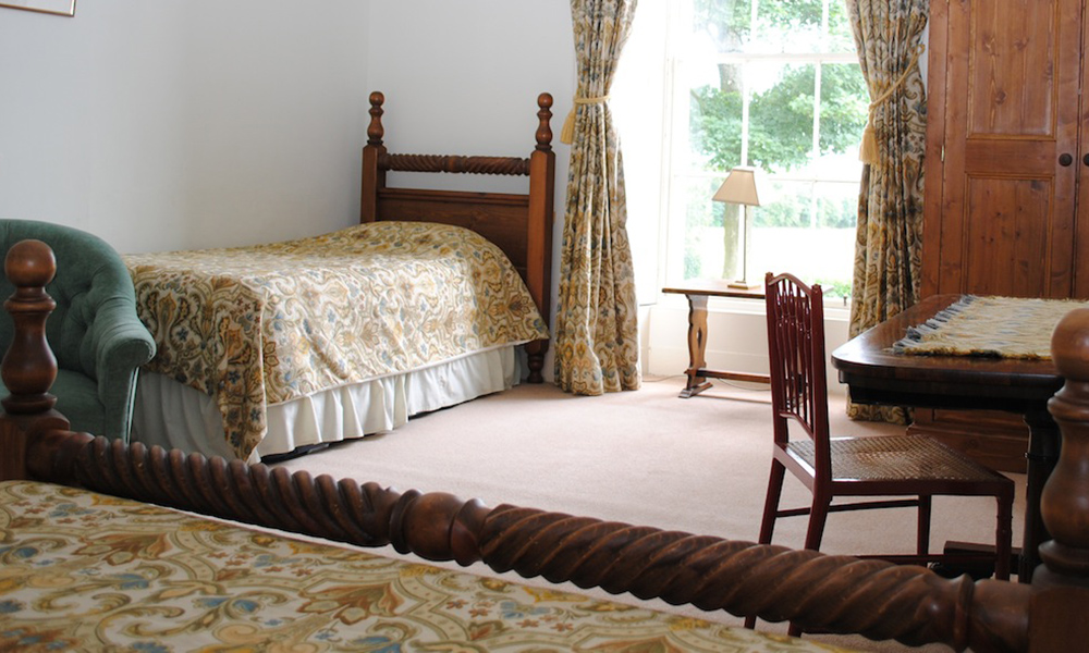 Edinburgh Estate Farmhouse Bedroom