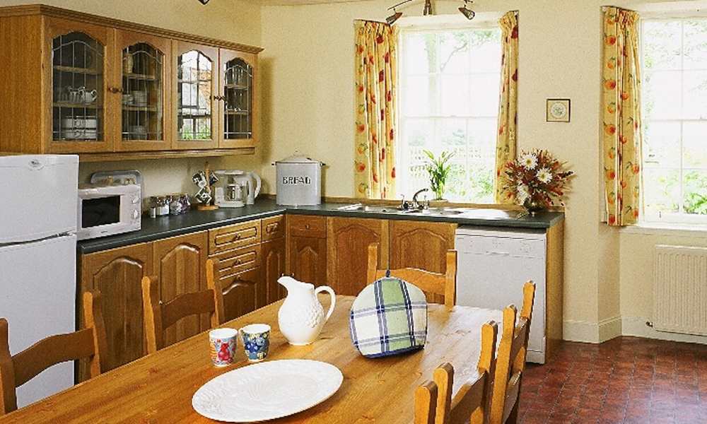 Edinburgh Estate Farmhouse Kitchen