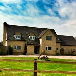 Oxford Farmhouse Holiday Rental