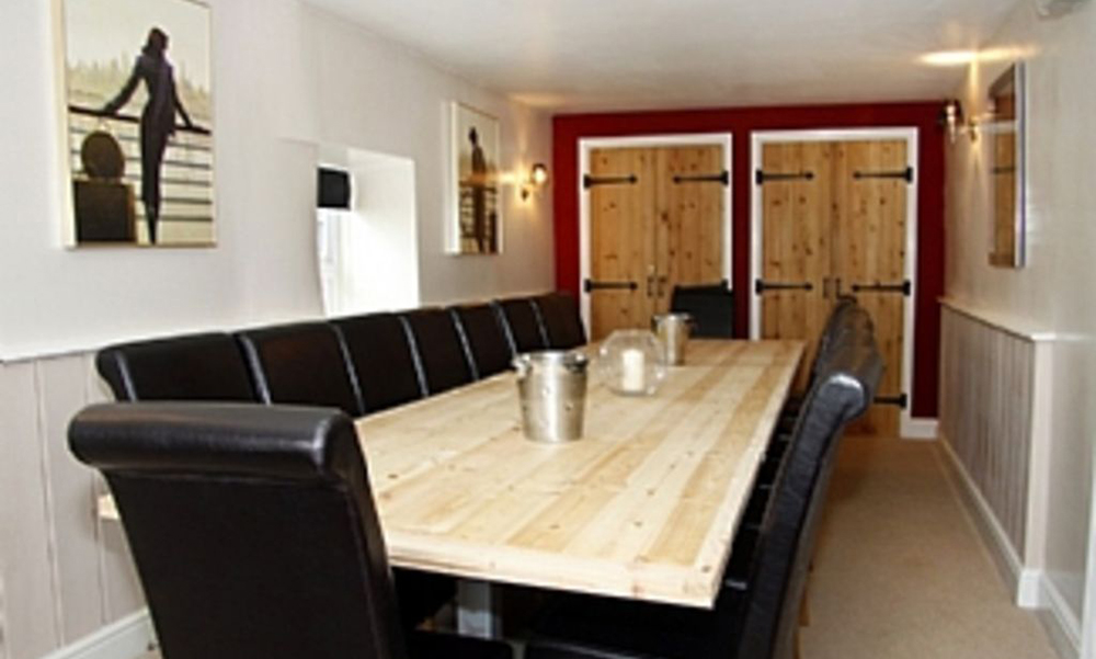 Bristol Farm House To Hire (1)