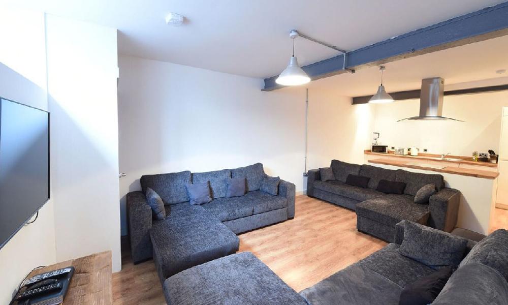 38 Manchester Apartment Silva