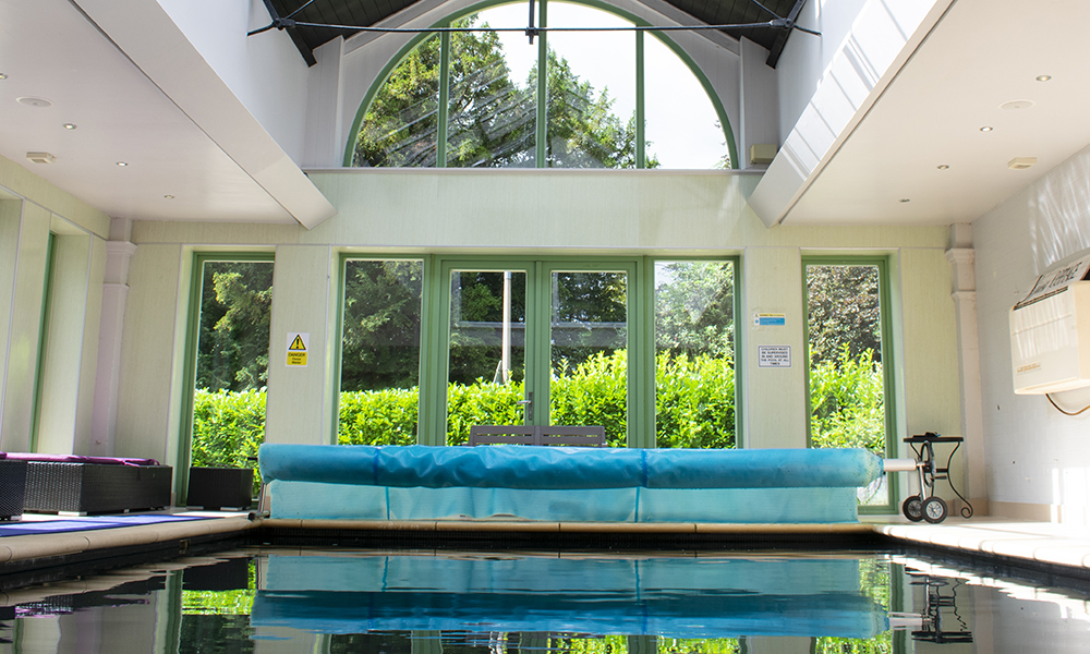 Nottingham Coach House With Pool