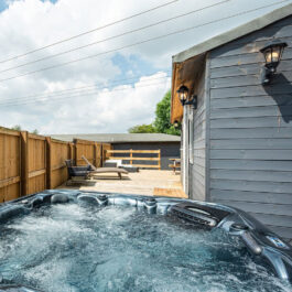Bristol House With Hot Tub